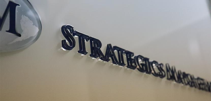 ストラテジクスマネジメント株式会社ロゴ